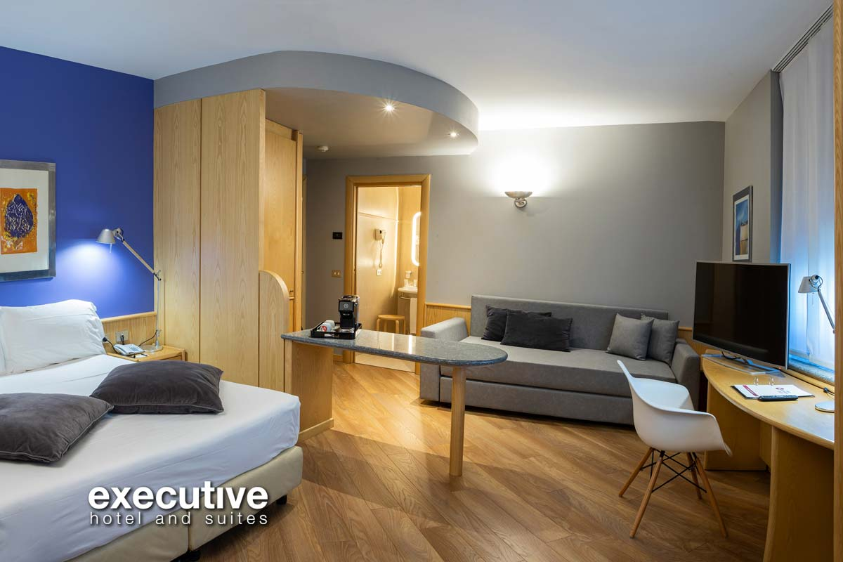 Executive Hotel and Suites - Suite Deluxe